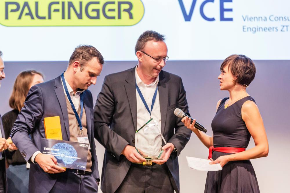 1. Platz - vlnr: Albrecht Karlusch, Palfinger; Peter Furtner, Palfinger & VCE ZT; Mari Lang, ORF