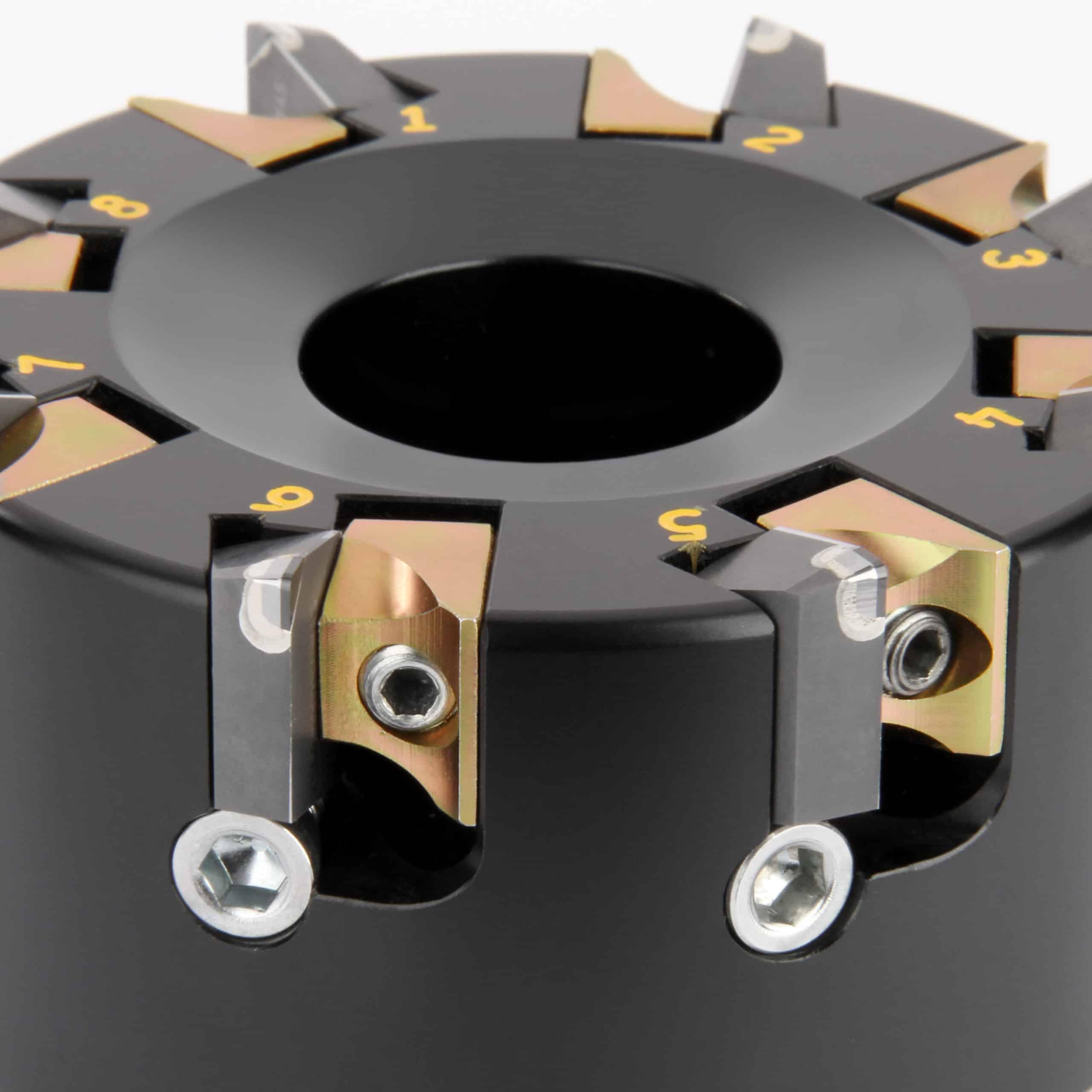 Die Planfräser der KBDM-Baureihe sind in Standardgrößen von 63-200 mm ab Lager verfügbar. Auf Anforderung können Werkzeuge bis 550 mm Durchmesser gefertigt werden.
