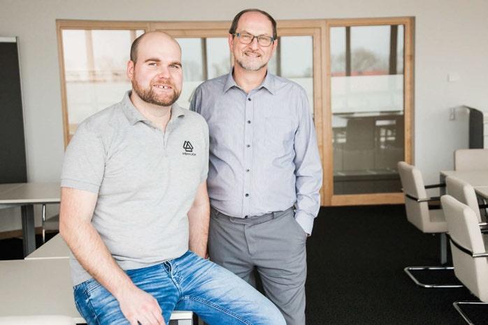 Die beiden Hennlich-Techniker Ing. Ulrich Sulzner (re.) und Ing. Armin Redhammer.