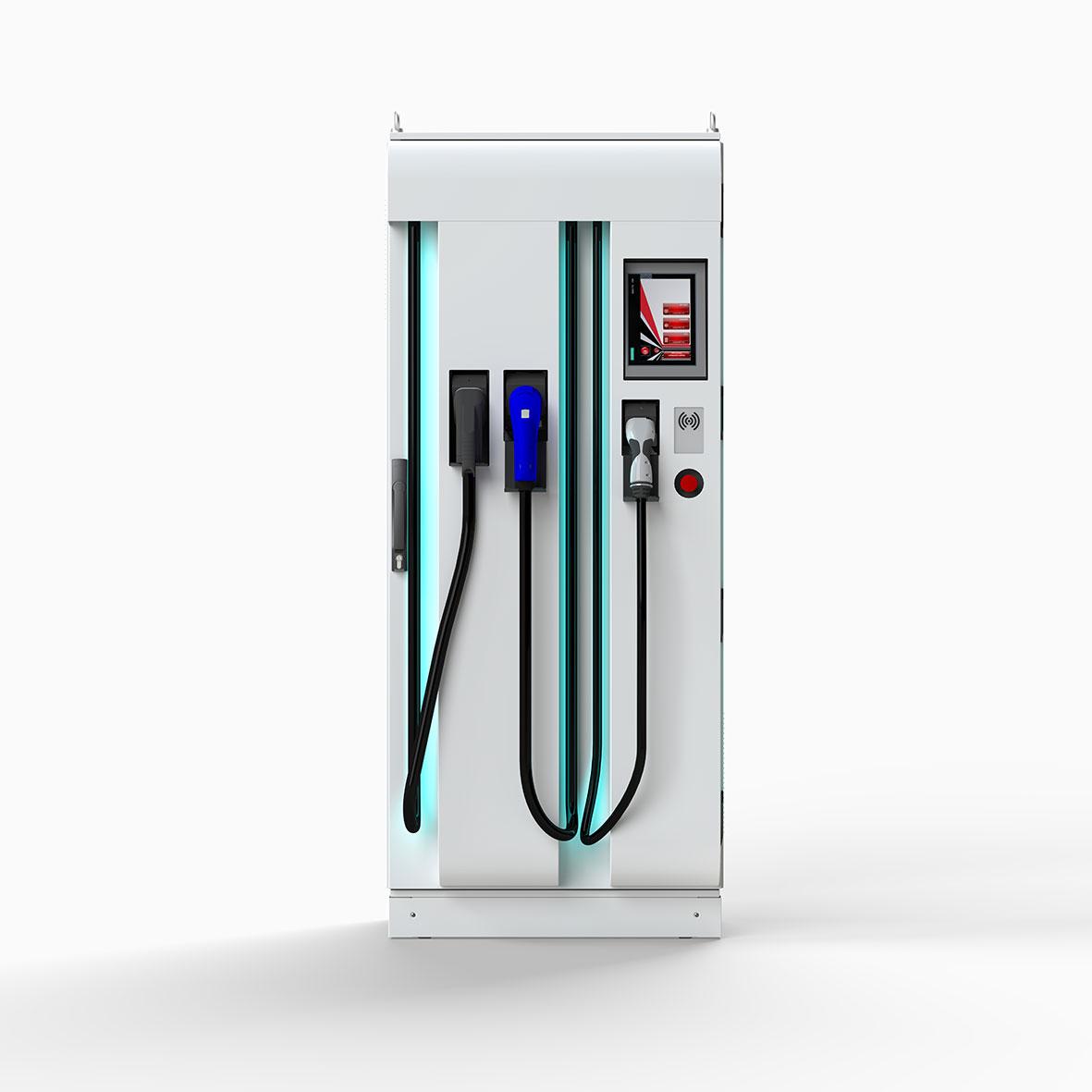 Aufgrund der hohen Ladeleistung von 50kW eignet sich der Siemens Compact Power Charger für stark frequentierte Standorte und für den Fernverkehr. Innerhalb von 20 Minuten werden Fahrzeugbatterien, die auch über die entsprechende Kapazität verfügen, auf bis zu 80% geladen. Die Ladestationen sind mit den internationalen Ladestandards CCS (Combined Charging System), CHAdeMO sowie dem international verwendeten Typ 2 Standard für das Laden mit Wechselstrom ausgerüstet. ©Kostad_Steuerungsbau