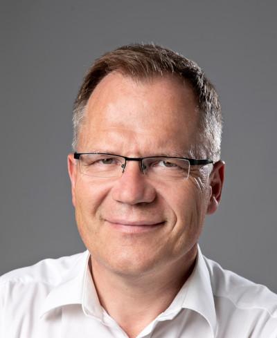 """""""Bei Lenze bekommt man ein Gesamtpaket, das nahtlos ineinander greift."""" Reinhard Rieger, Head of Technologies bei MFL"""